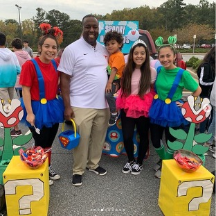 Super Mario bros. themed trunk at Trunk or Treat, 2020